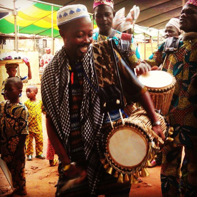 Gangan, le tambour des cérémonies est sorti... c'est le week-end à Porto-Novo!